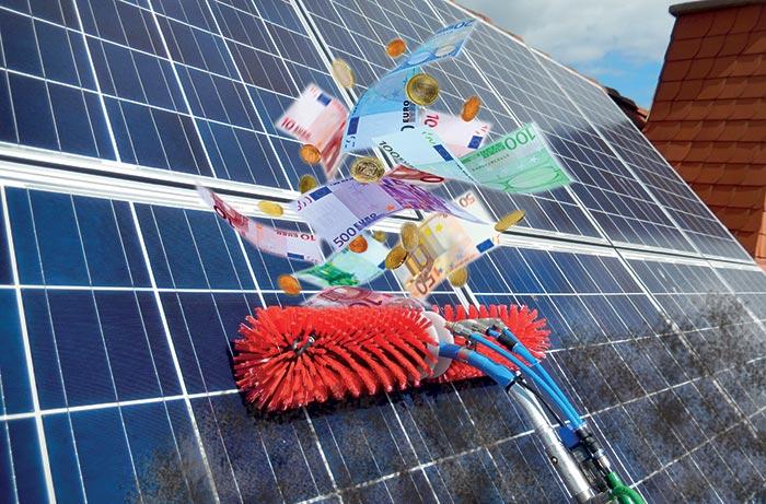 Professionelle Solarreinigung oder Photovoltaik Reinigung erhöht den Ertrag